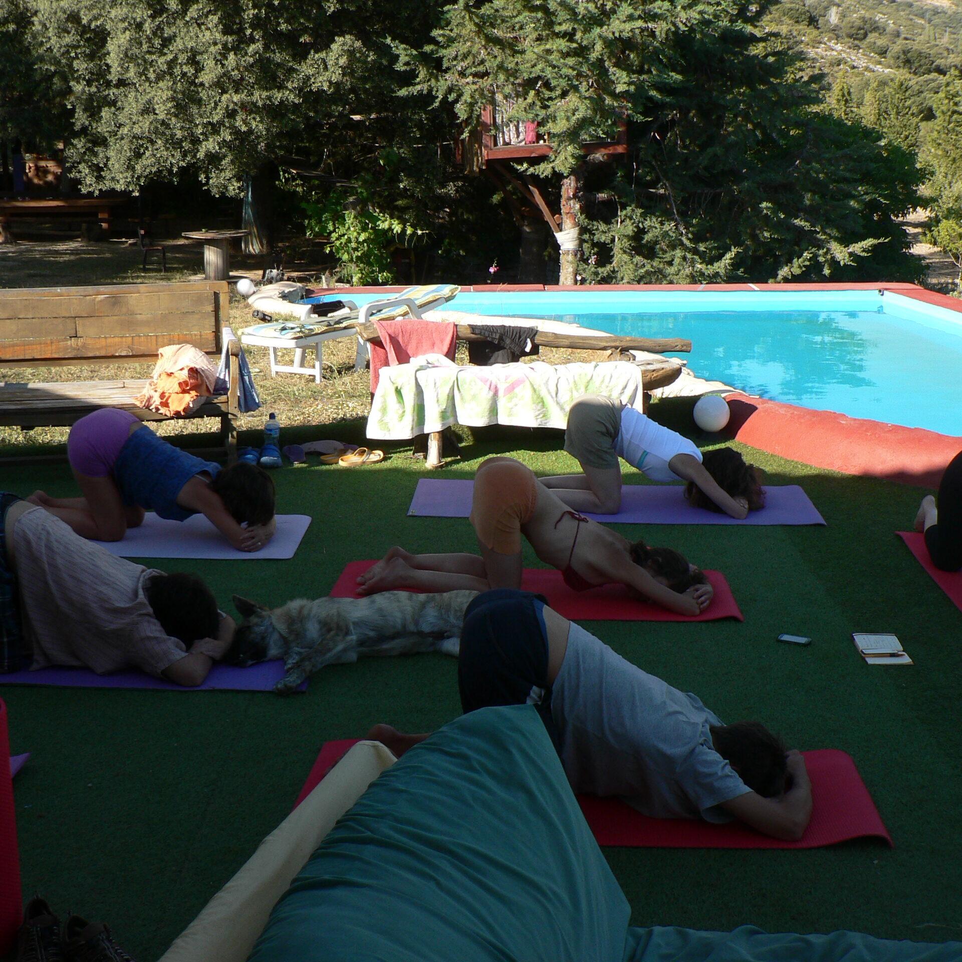 clase yoga en Prado Negro con Esther Trillo