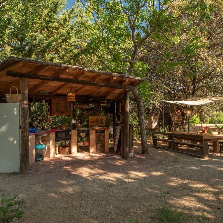 cocina al aire libre en verano en Prado Negro